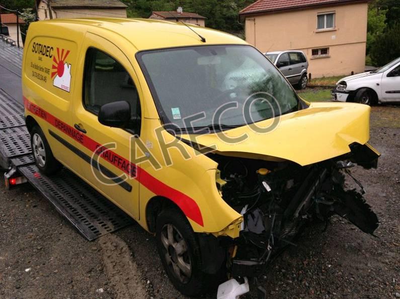 Photo véhicule accidenté : RenaultKangoo II Express (VU) 1.5 dCi L1 FAP 75 CU+ 75 cv